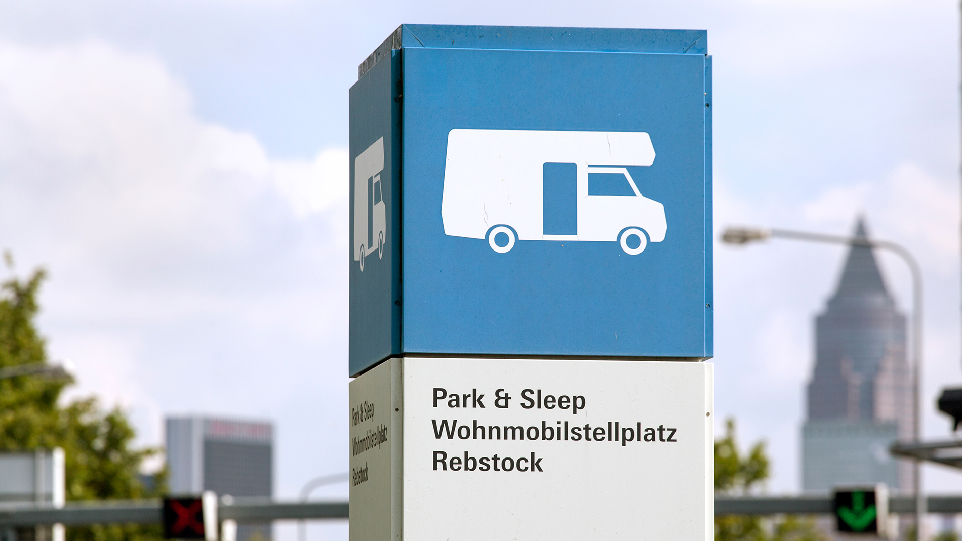 Park & Sleep sign for travelling to the trade fair (Messe Frankfurt) by caravan