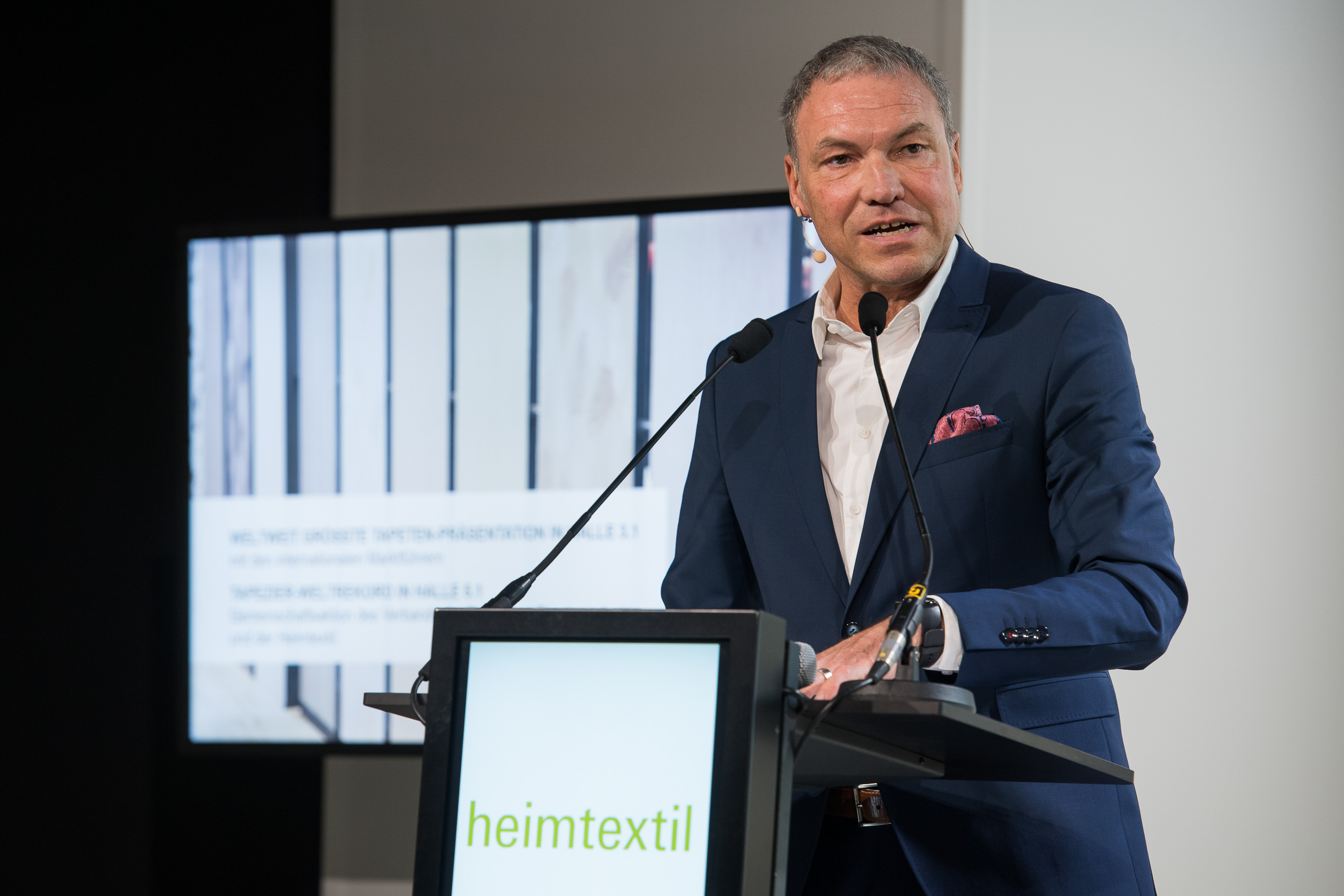 Press conference, Olaf Schmidt, Vice President Textiles & Textile Technologies, Messe Frankfurt Exhibition GmbH