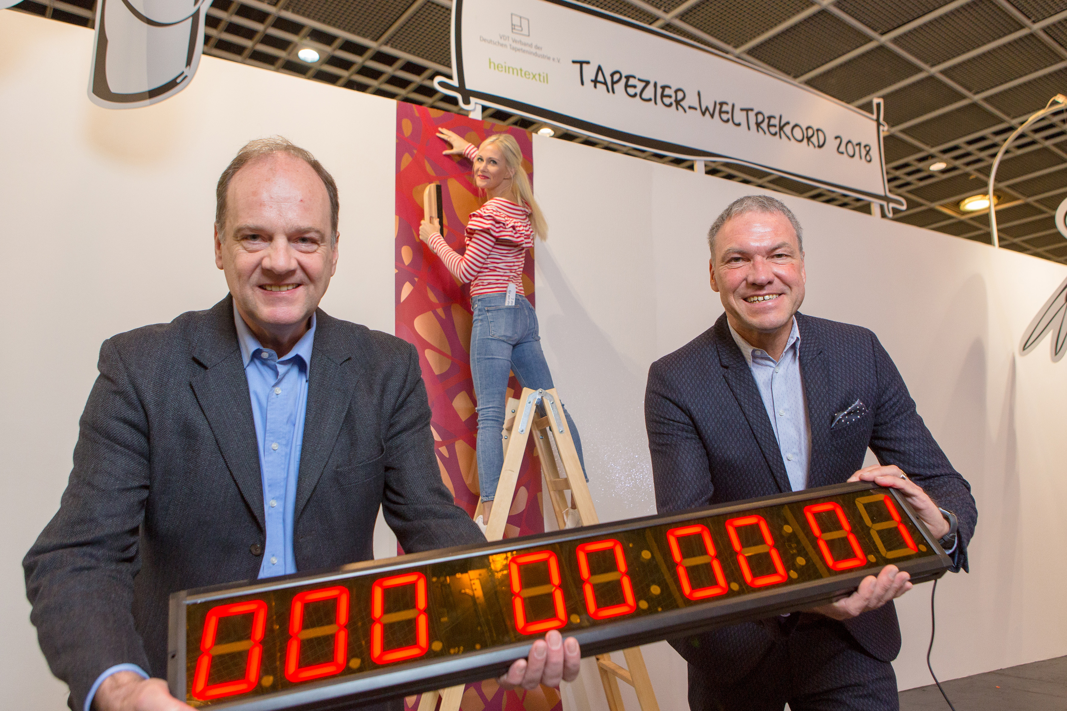 World record in wallpapering