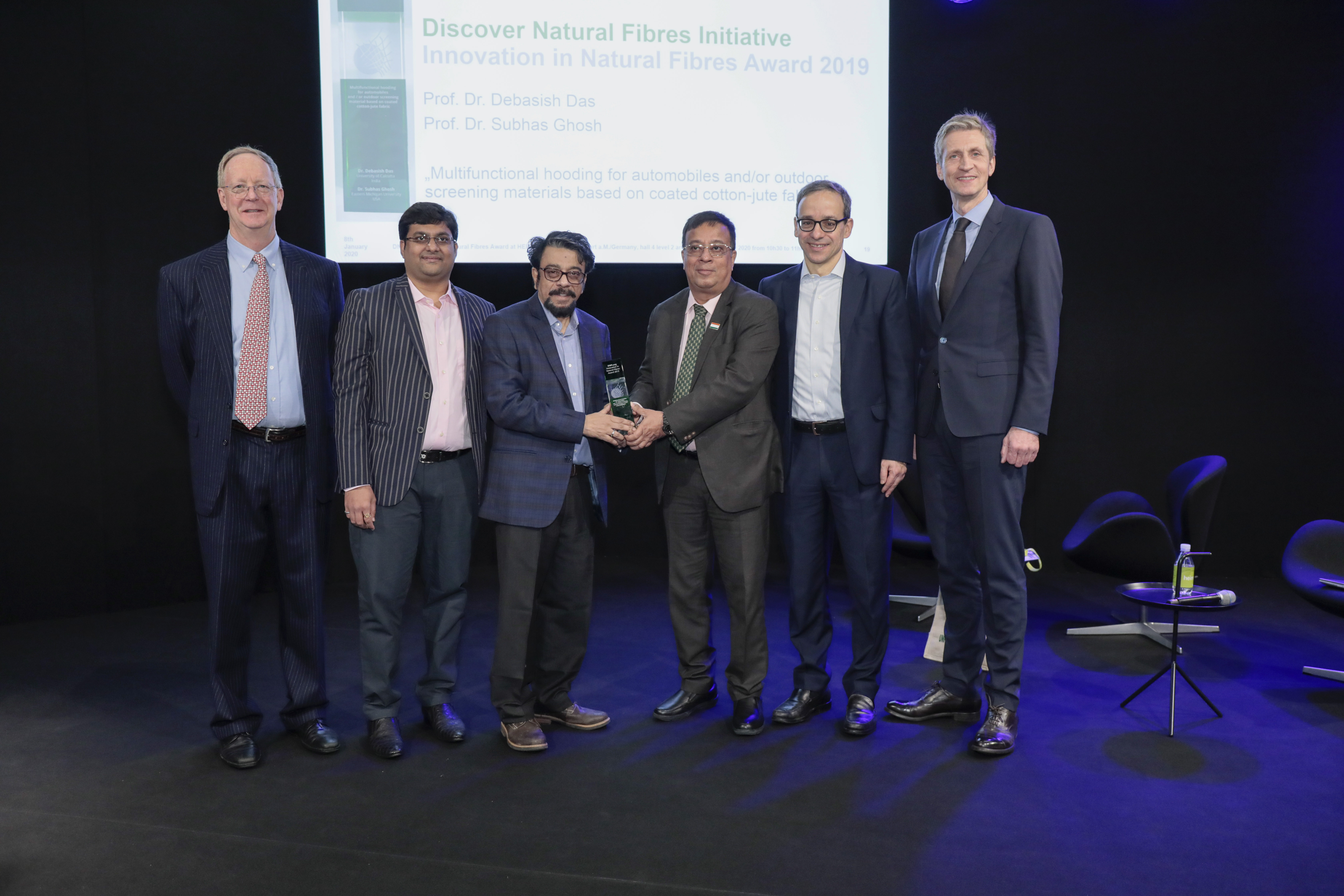 Award Ceremony: DNFI Innovation in Natural Fibres Award 2019 / Terry Townsend, Asish Mohta, Ph. Dr. Debasish Das, Moloy Chandan Chakrabortty, Dr. Christian Schindler, Ernst Grimmelt