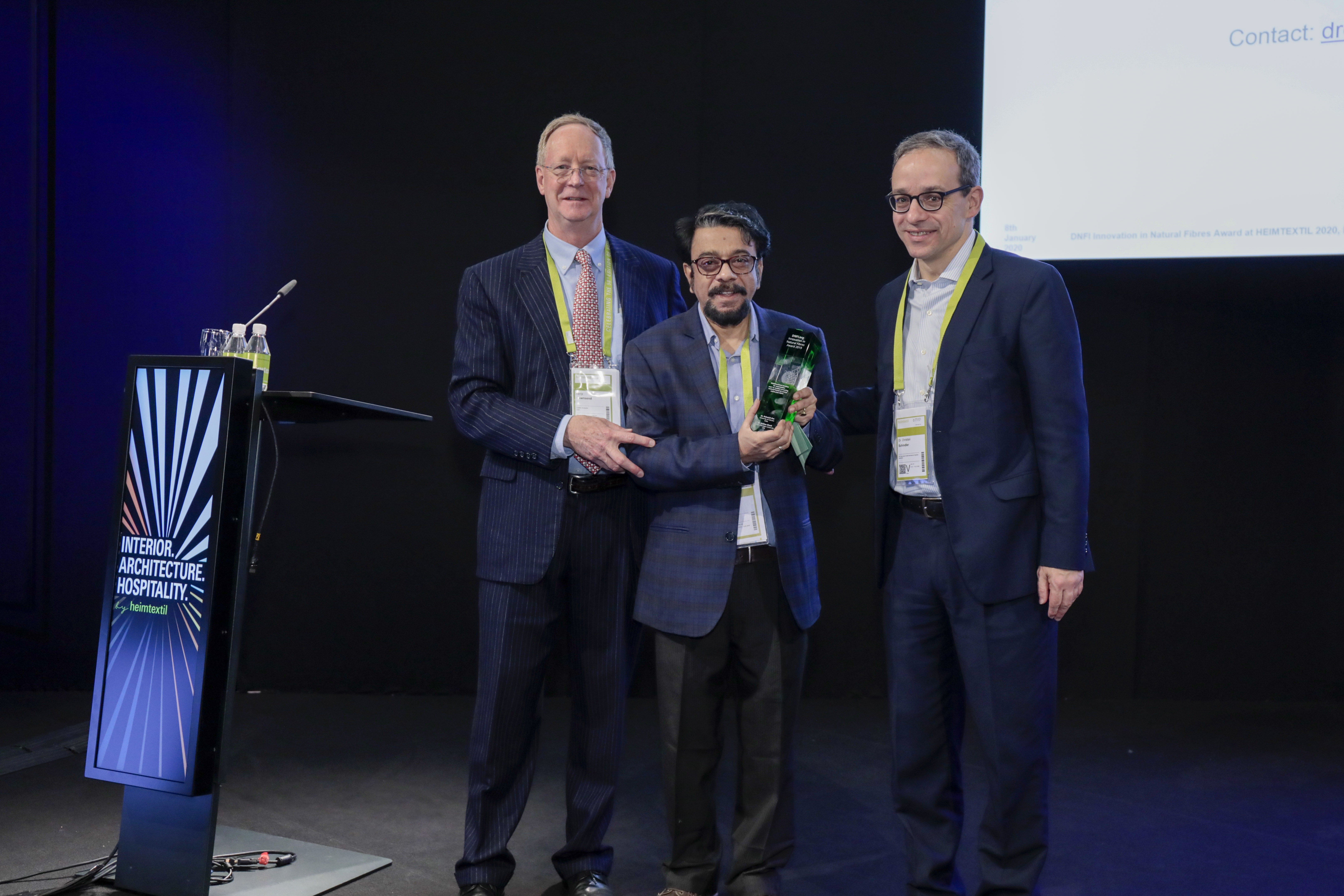 Award Ceremony: DNFI Innovation in Natural Fibres Award 2019 / Terry Townsend, Ph. Dr. Debasish Das, Dr. Christian Schindler