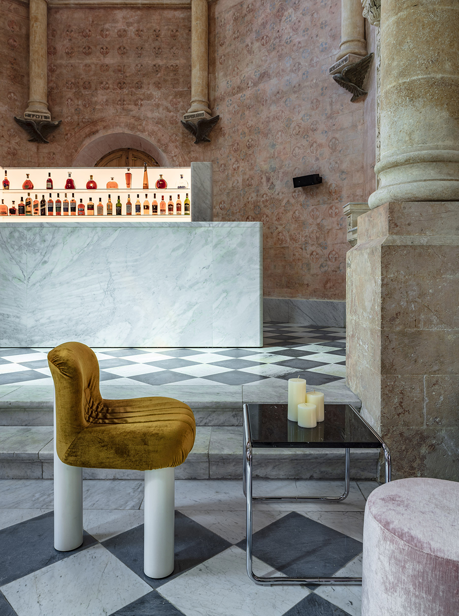 HERITAGE LUX - The Chapel at the Jaffa Hotel by John Pawson, Photography by Amit Geron
